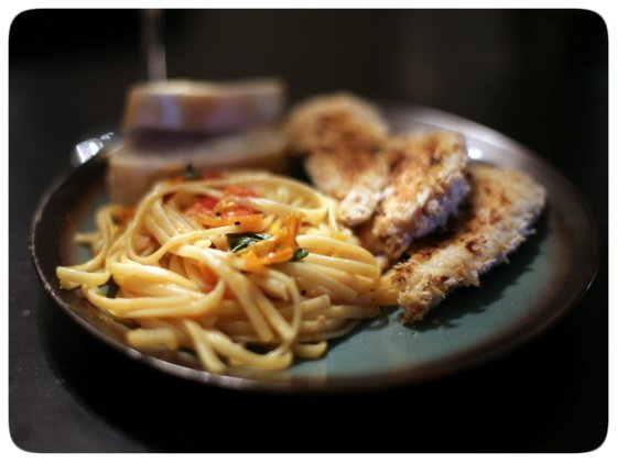 Linguine Heirloom Tomatoe with Chicken Tenderss,